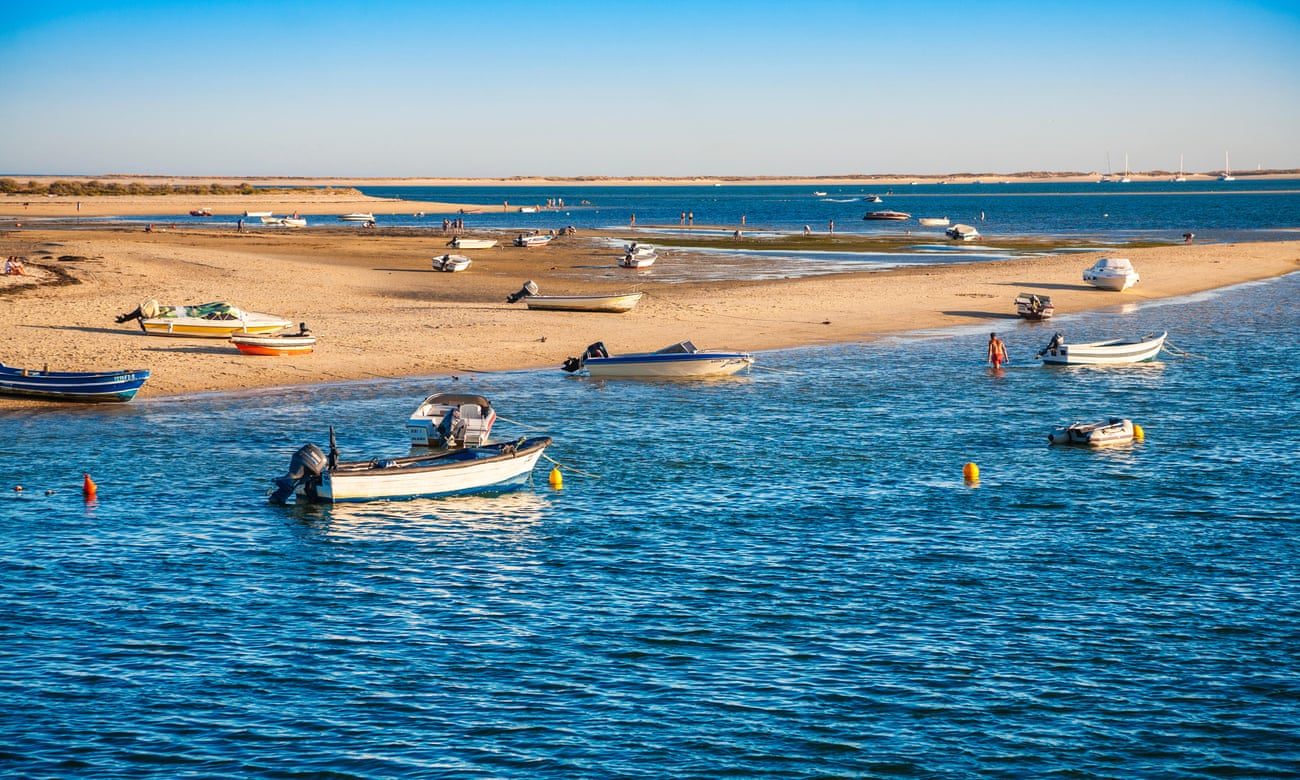 The real Algarve: ´A white-washed village adrift in the kissing sea´